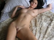 Mature Naked Wet Pussy in Bed Posing