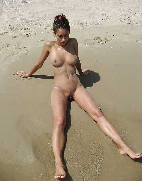 hot-girlfriend-naked