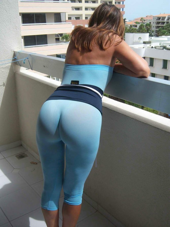 Freexxx chics in yoga pants rather