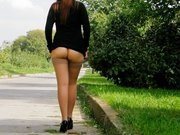 Kinky Woman Flashing Her Butt on Public Road