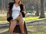 Hot Woman Pussy Flashing in Park
