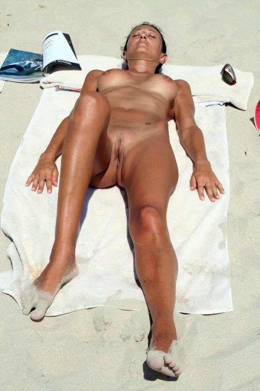 Nude mature women at nudist beach porn photos