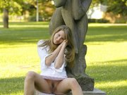 Sexy Horny Girl Flashes Pussy in the Public Park